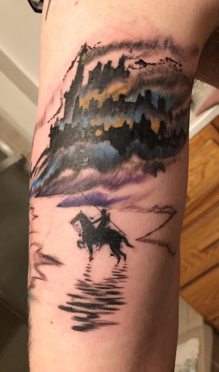 Ruined castle done by Tony @ Totem Ink in Xenia, OH. It continues on the fantasy theme of my left arm.