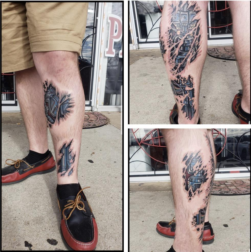Biomechanical leg done by Derik Hetzer at Big Time Customz tattoo in Douglasville, GA