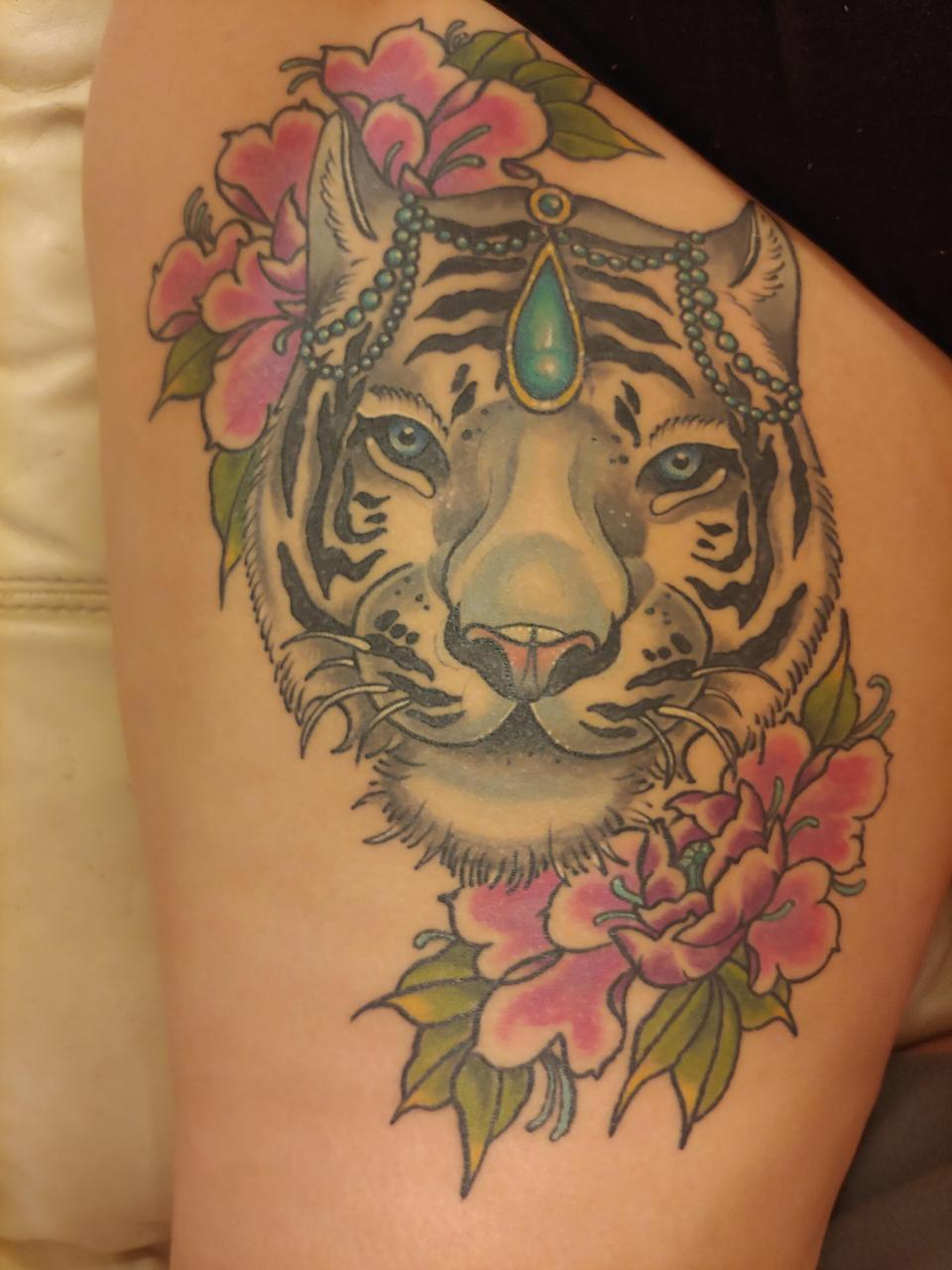 My newest and biggest piece, all healed. I cant stop looking at my leg, im in love! Motorcity ink, Summerville SC, by Megan Echevarria.