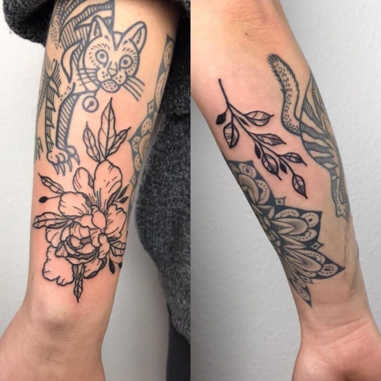 Filling up my arm nicely! Done by Florina Kovacs at Queen of Hearts Tattoo, Budapest