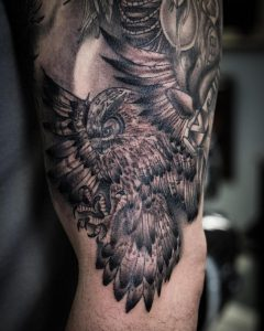 Cool little B&G Owl we did as a filler for the inner arm. We completed the look for it. We still left one open space to continue to work on it.