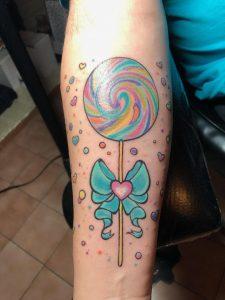 Lollipop opposite side of ame arm as milkshake 3hrs old