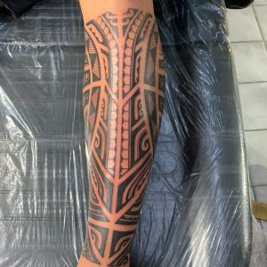 Al from Skin Design Tattoo in Honolulu, Hawaii. Currently runs his own shop. Back of leg in comments.