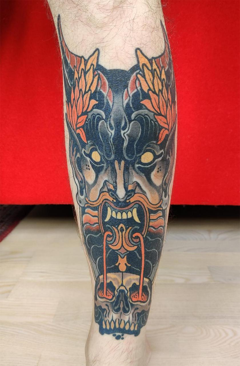 Demon face by Toni Donaire @ Bhorn Tattoo, Barcelona, Spain. Healed - 10 months old. Left leg, one session.