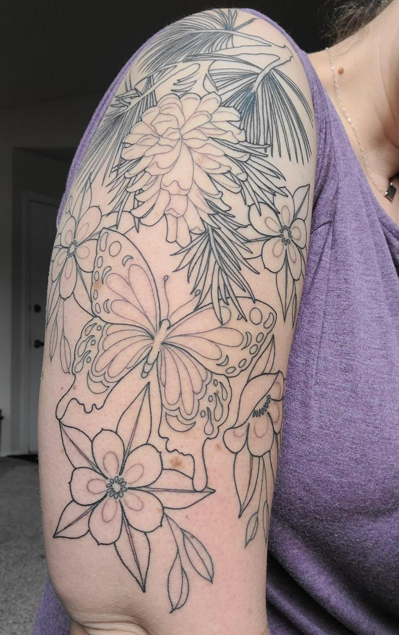 In love so far! This is just the outline, going back for the shading soon. Done by Jesus Lleo (IG @dotted_lines) at Pens & Needles in Colorado Springs, CO