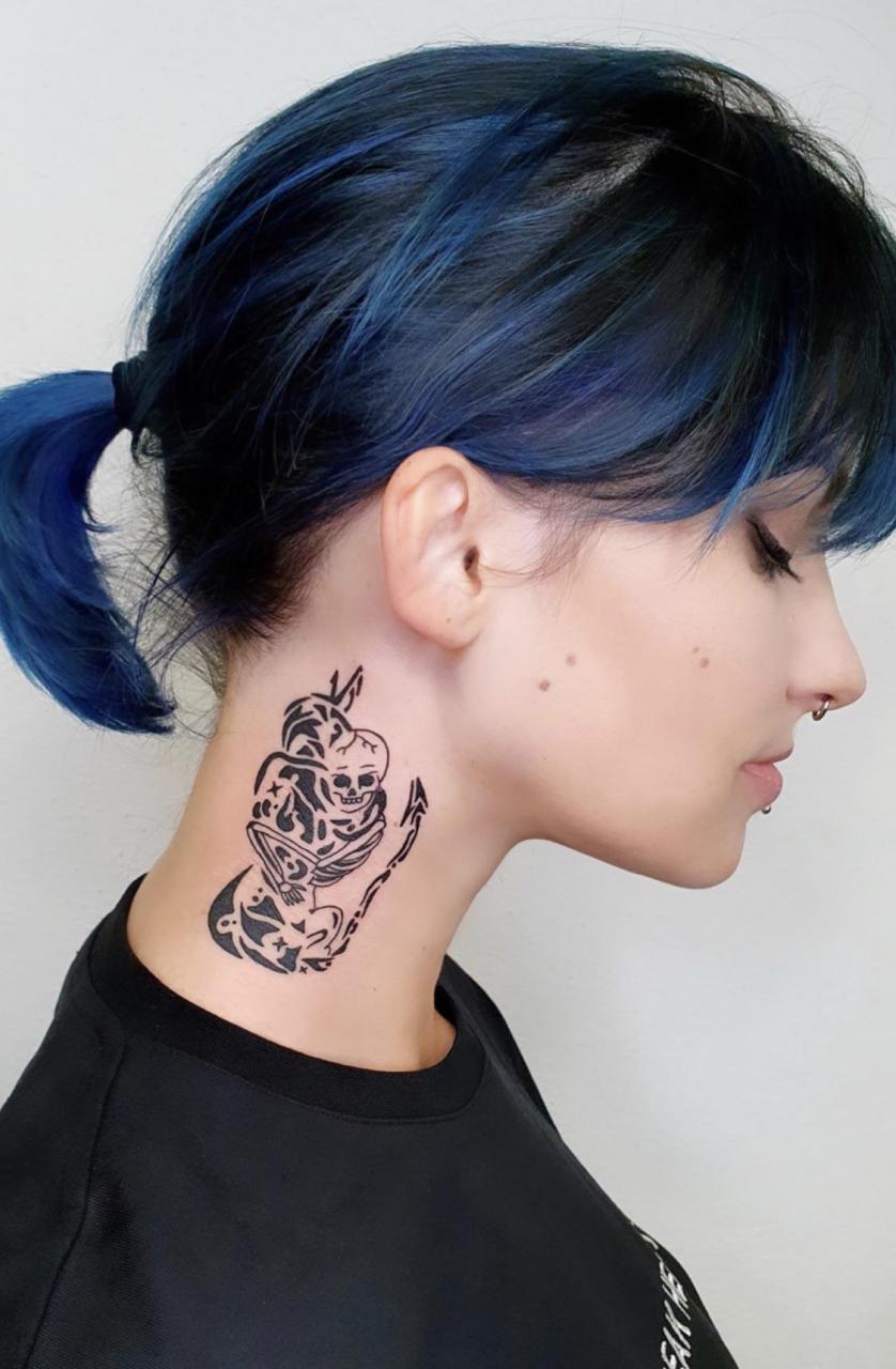 my very first neck tattoo - Makov Tattoo, Berlin, Germany