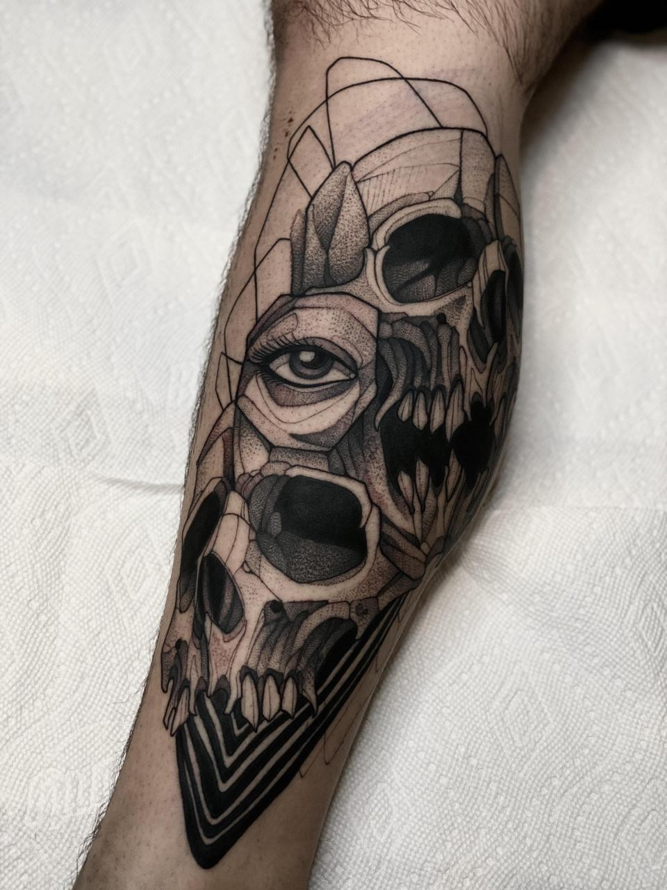 Fractal skull calf piece done by Max LaCroix at Akara Arts in Milwaukee, WI