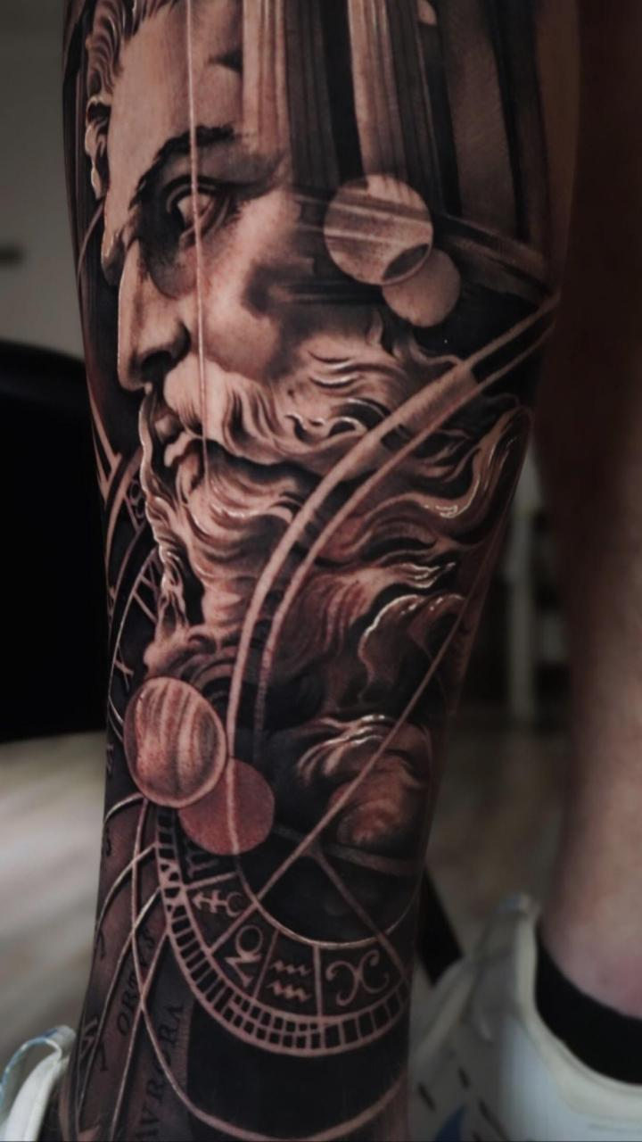 Sacramento, CA. I need ideas to go with this tattoo on the inside of my leg. Not huge on tattoos that have meaning just want some ideas that would work well with this. Just a main idea and the artist can design the rest. Another Greek God? Medusa? Some other goddess? Any opinions help!